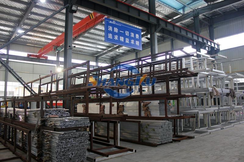 铝型材成品区