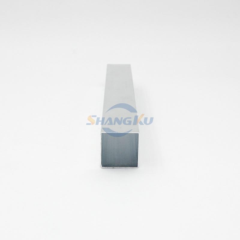 四方铝管 25x25x0.7 - 2