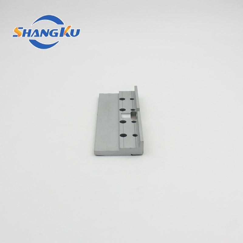 铝型材深加工打孔铣槽4