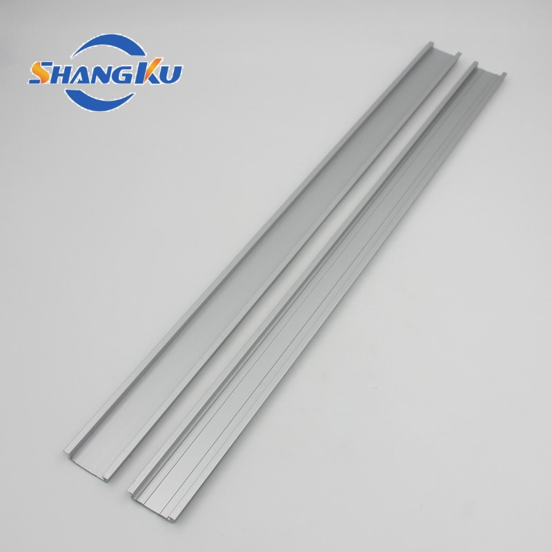 电器铝型材导轨4