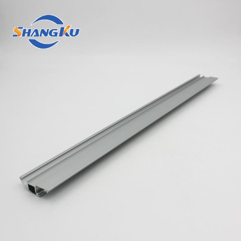 窗帘轨道铝型材1