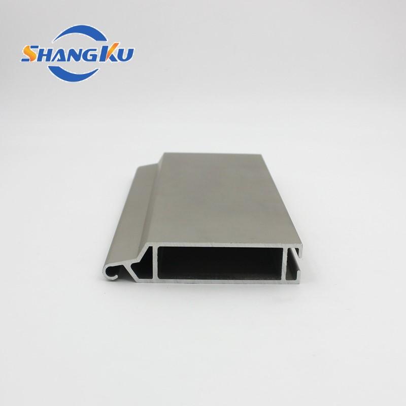 卷连门铝型材3